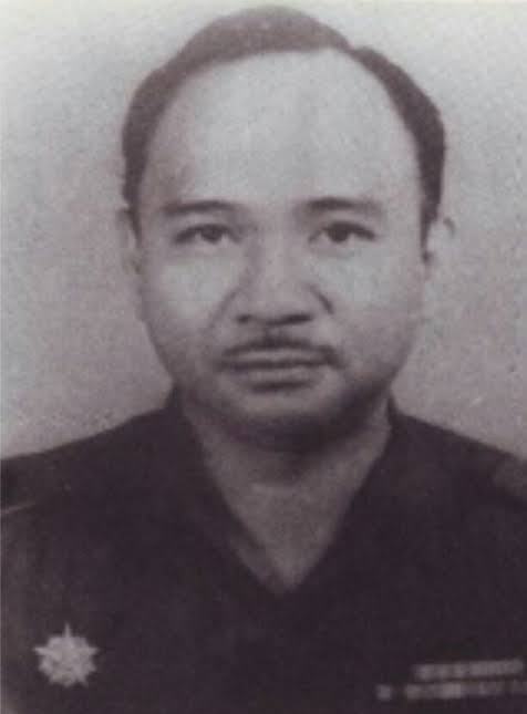 Kolonel (pangkat militer saat itu) A. Y. Mokoginta, berperan besar atas masuknya Divisi Siliwangi ke Kotamobagu untuk menumpas Permesta.
