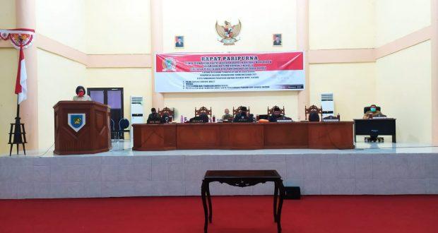 DPRD Kabupaten Bolmong, Senin (30/11), melaksanakan paripurna pembicaraan tingkat II (Dua) penetapan persetujuan Ranperda APBD tahun 2021.