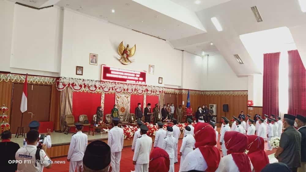 Suasana pelantikan 28 Sangadi (Kepala Desa), hasil Pemilihan Sangadi (Pilsang) Serentak Tahun 2021, masa jabatan 2021- 2027. (foto; Diskominfo Bolsel)