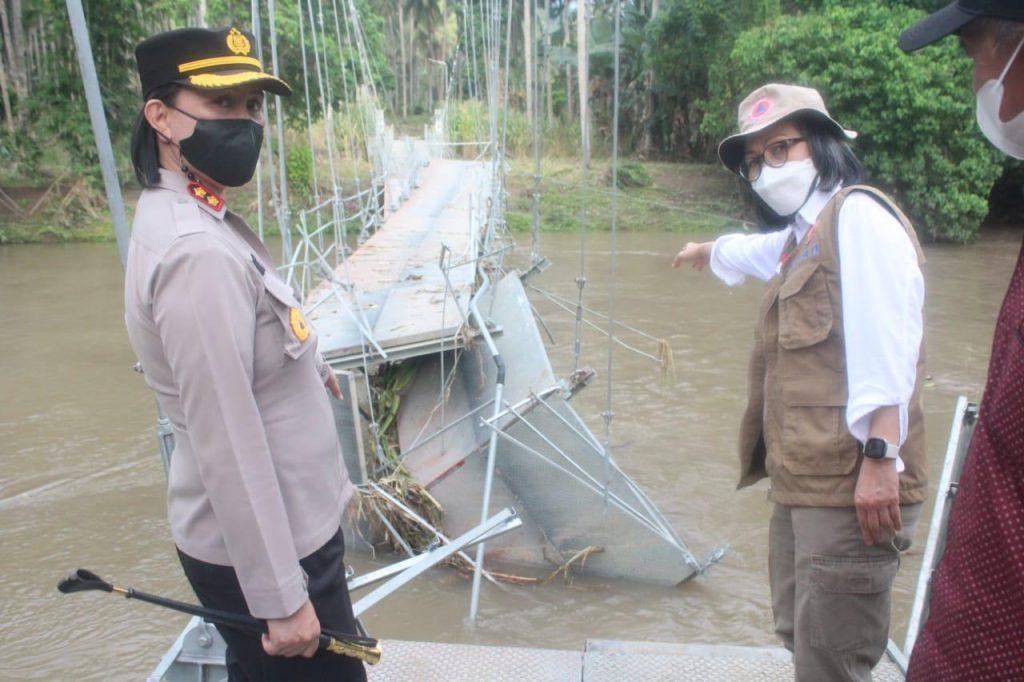 Sela satu jembatan gantung di wilayah Bolmong rusak parah diterjang banjir.