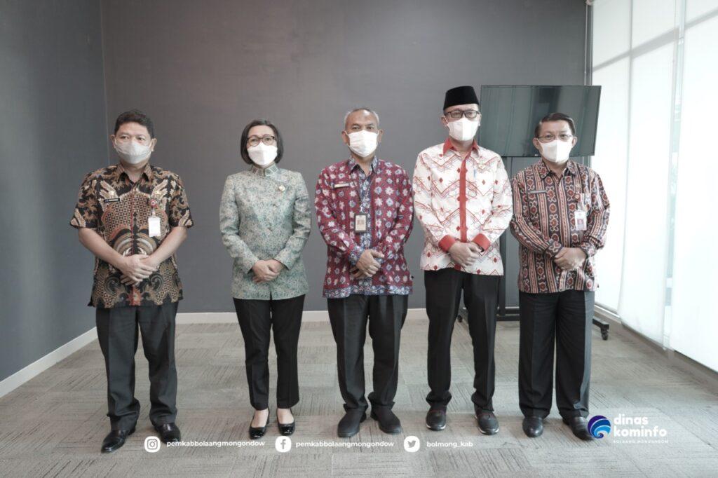 Bupati Yasti menghadiri pertemuan dengan Pemkab Bolsel dan Ditjen Bina Administrasi Kewilayahan Kemendagri